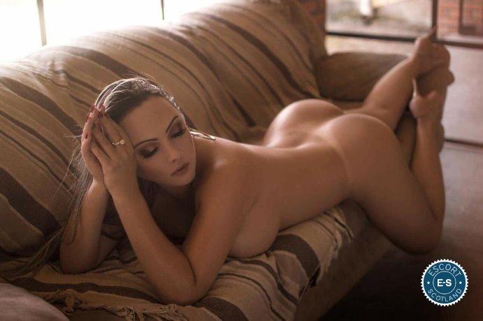 Sharlot Honey Latina is a sexy Brazilian Escort in Edinburgh