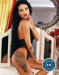Meet Eveline in  right now!