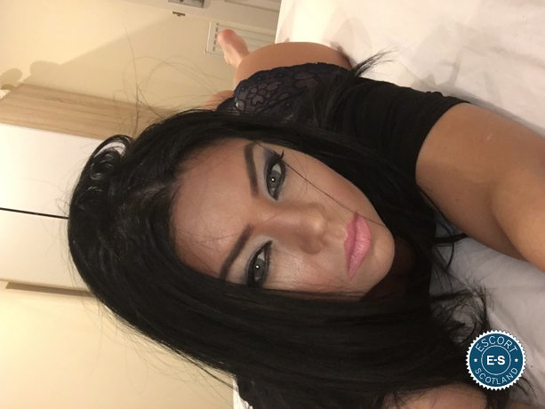 Sarah is a sexy French Escort in Aberdeen