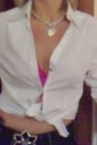 Mature Debbie - female escort in Stirling